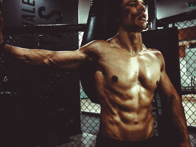 4 Foods to Avoid If You Want a Six Pack